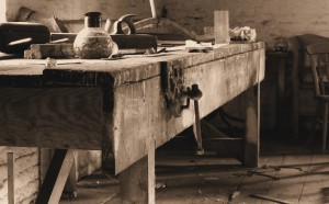 Simple & Strong Workbench Design