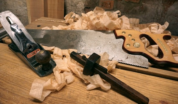 basic kit of woodworking hand tools