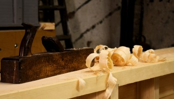 Hand tool woodworking