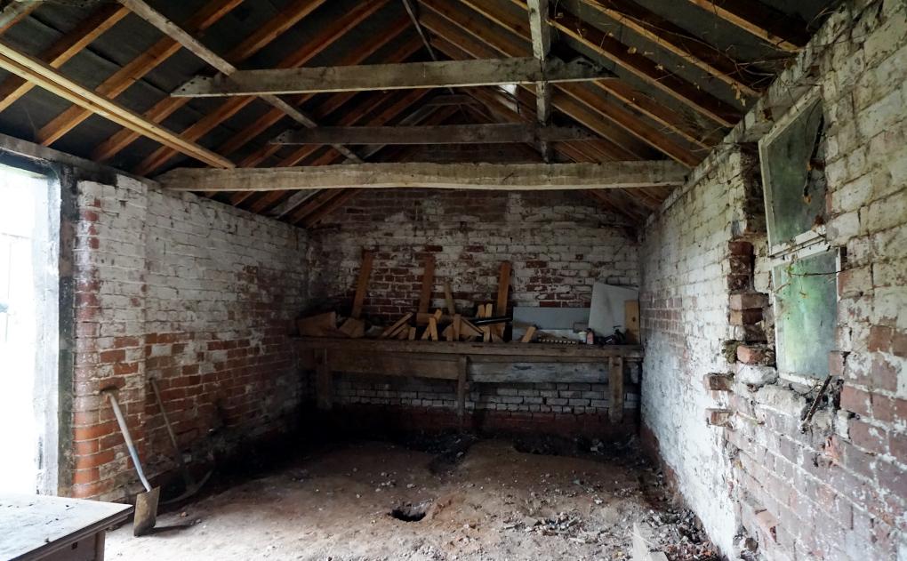 barn workshop ready for renovation