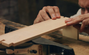 cutting dovetails by hand