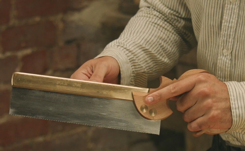 Dead Expensive Dovetail Saws    - The English Woodworker