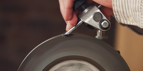 grinding the primary bevel