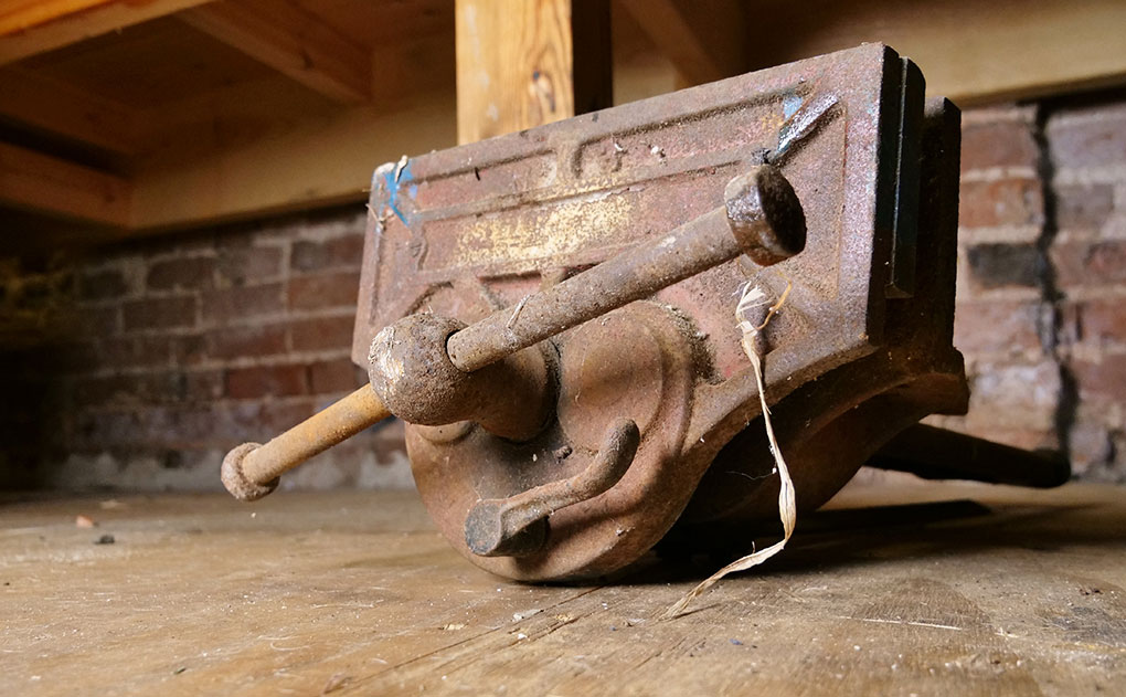 Cast Iron workbench vice for woodworking, workbench vice