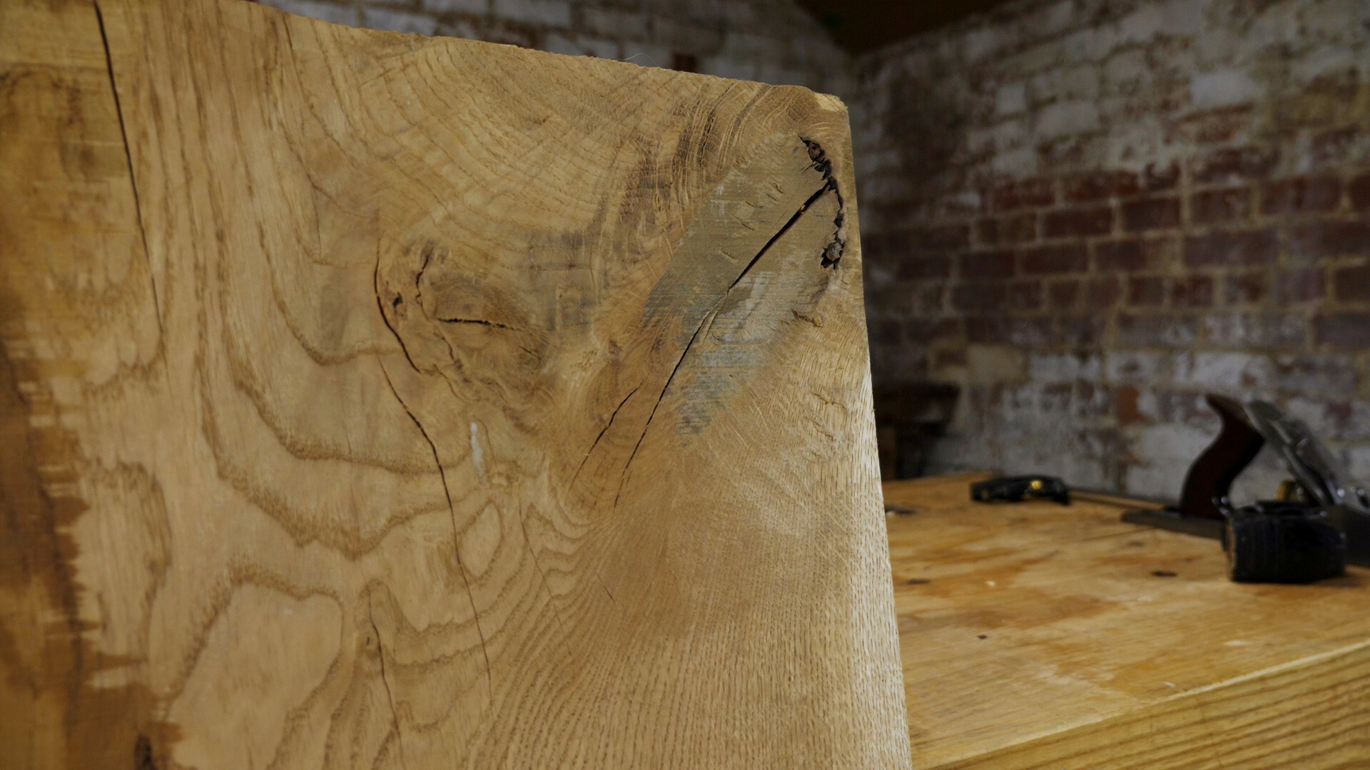 waney edge oak with knot